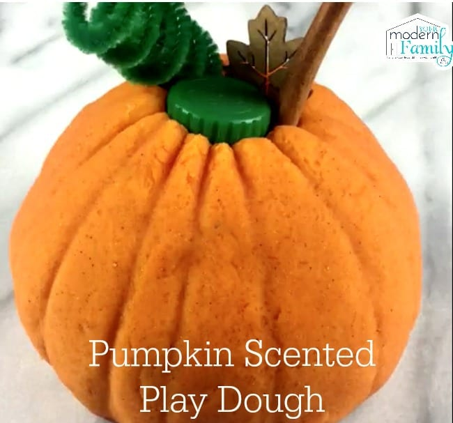 pumpkin playdough 1