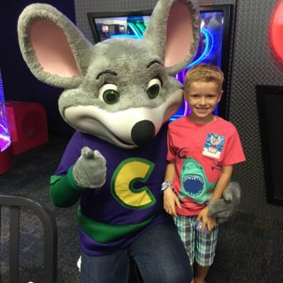 5 tips for Chuck E Cheese's