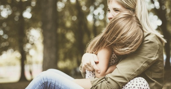 science says hug your kids for 15 seconds a day