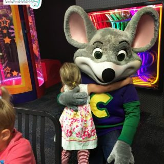 5 things you didn't know about Chuck E Cheese's menu
