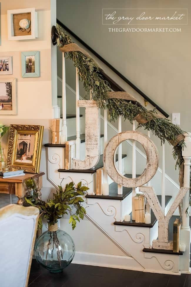 modern farmhouse christmas decor